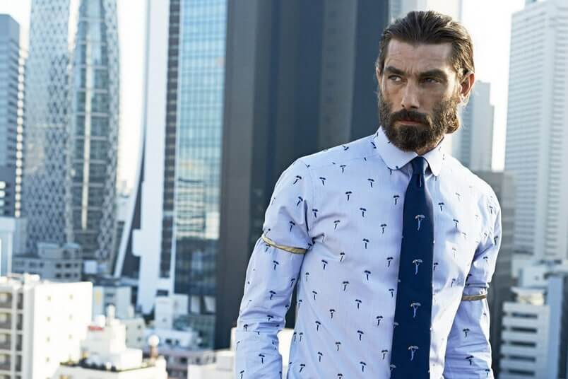 firmalogo på slips