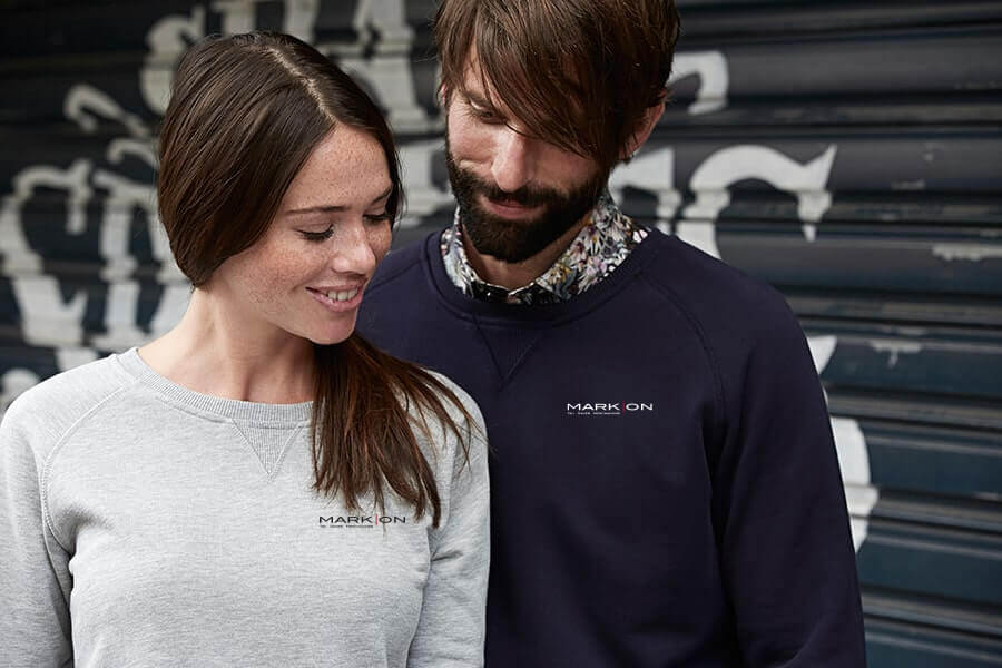 Sweatshirt med firmalogo